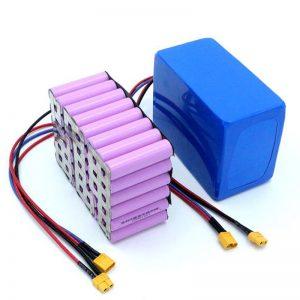 Rūpnīcas cena 18650 akumulatora elementa lieljaudas 12 V uzlādējama litija jonu litija baterija