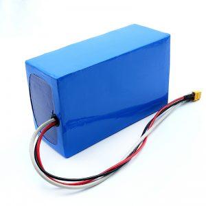 Litija uzlādējams 36V 10Ah Li -on 18650 elektriskā skrituļdēļa akumulatoru komplekts