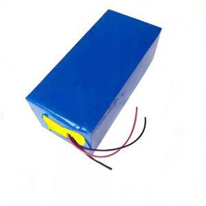 LiFePO4 uzlādējams akumulators 10Ah 12V litija dzelzs fosfāta akumulators vieglai / UPS / elektriskiem instrumentiem / planiera / zemledus makšķerēšanai